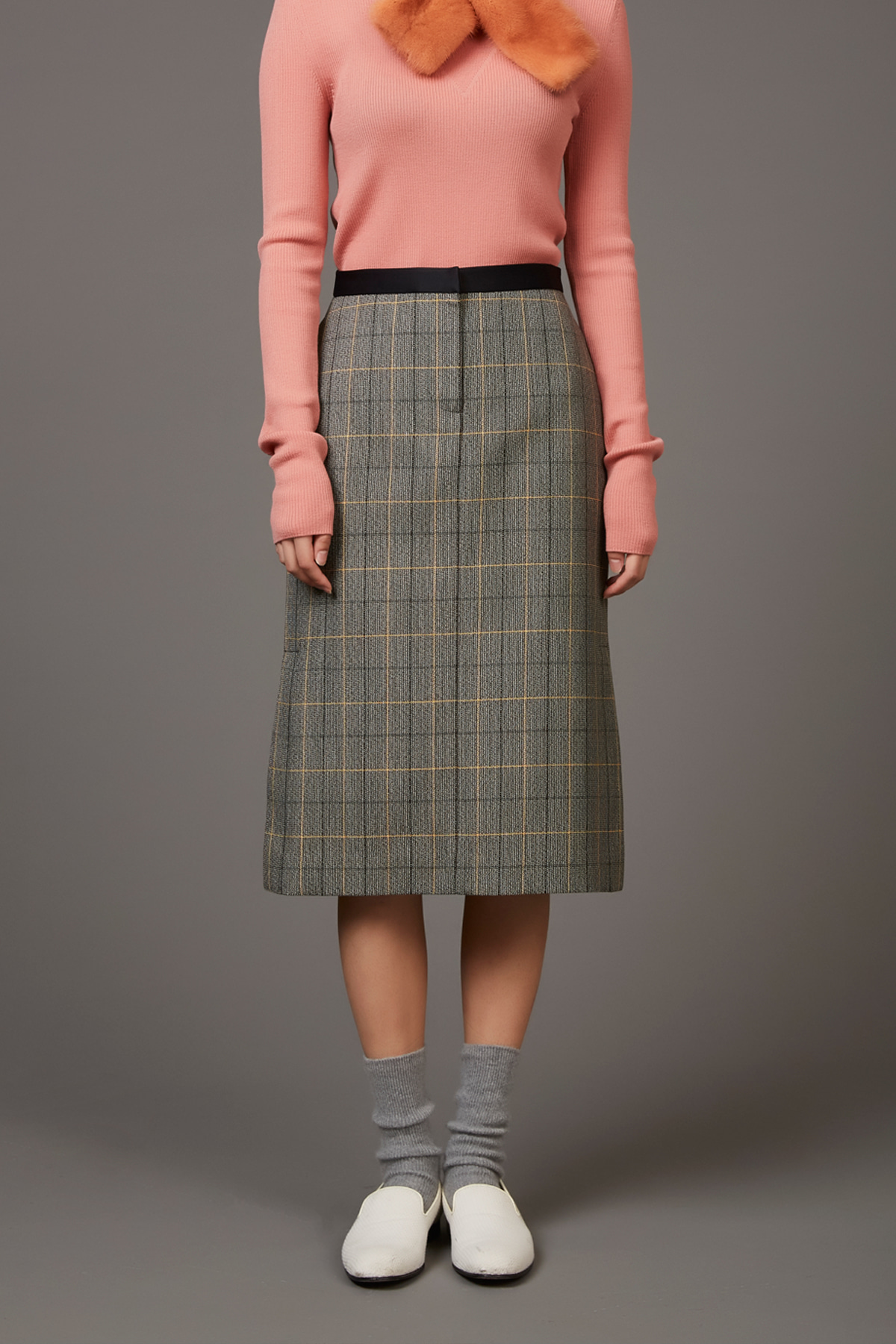 [40%OFF] Side Slits Straight Check Skirt