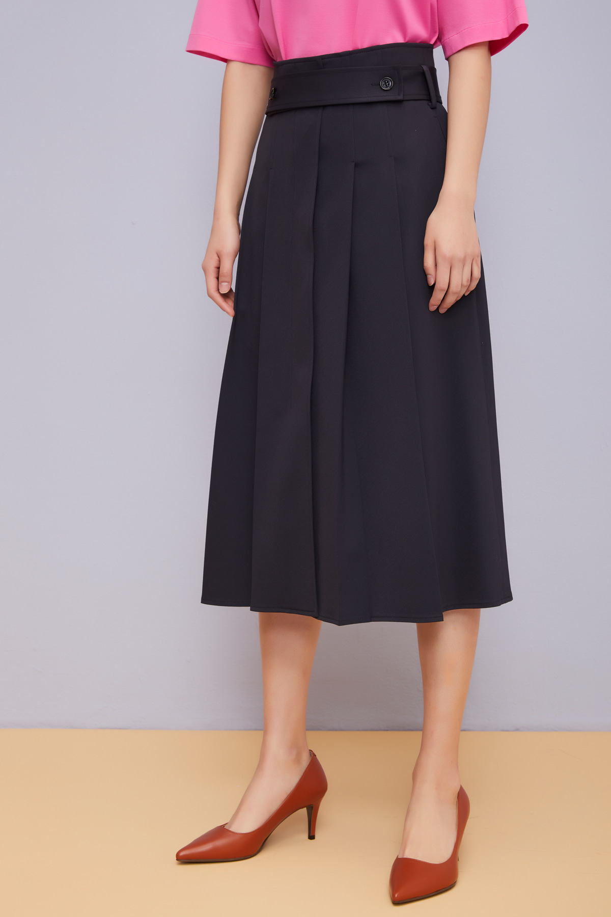 Front Open Pleats Skirt Sleek Navy with Belt