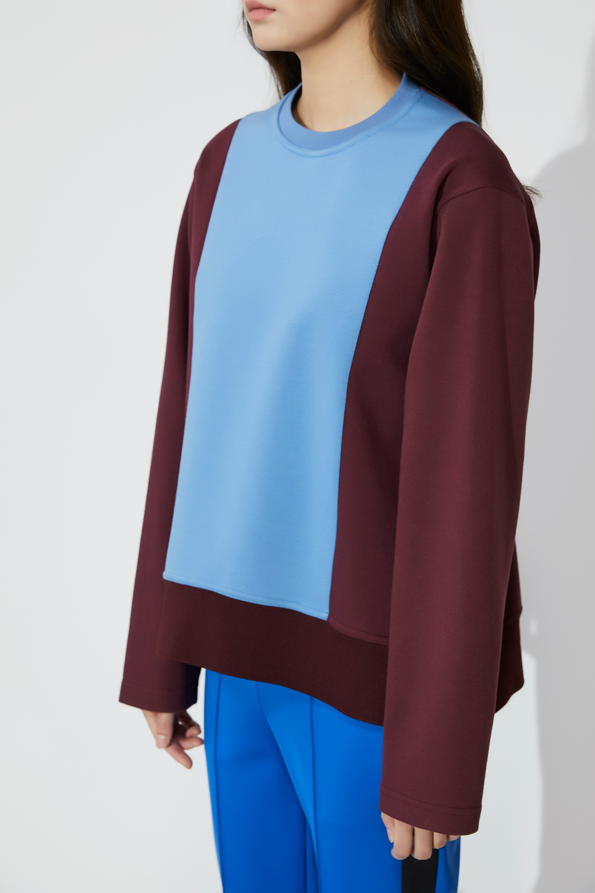 [OFF 30%] Color Block Round Neck Oversized Top Wine