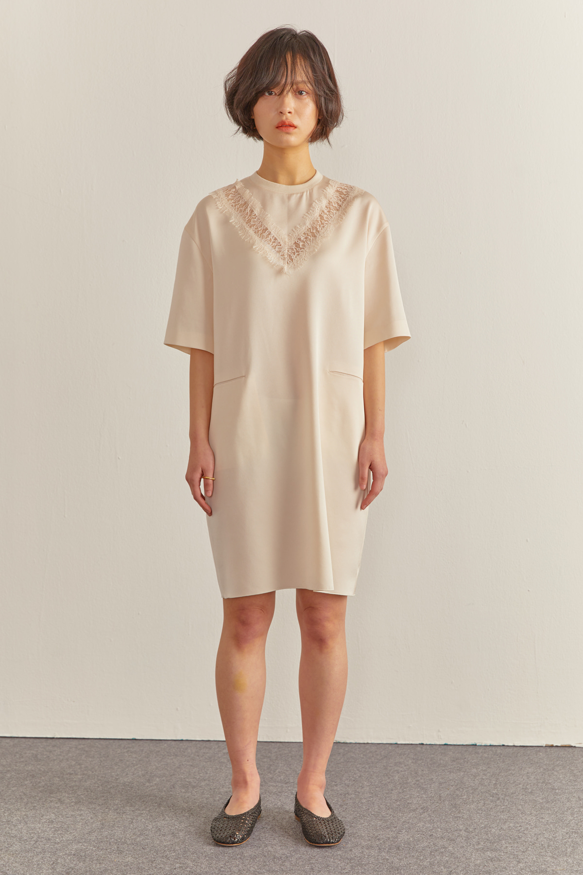 Glossy Coccoon Silhouette Dress Ivory