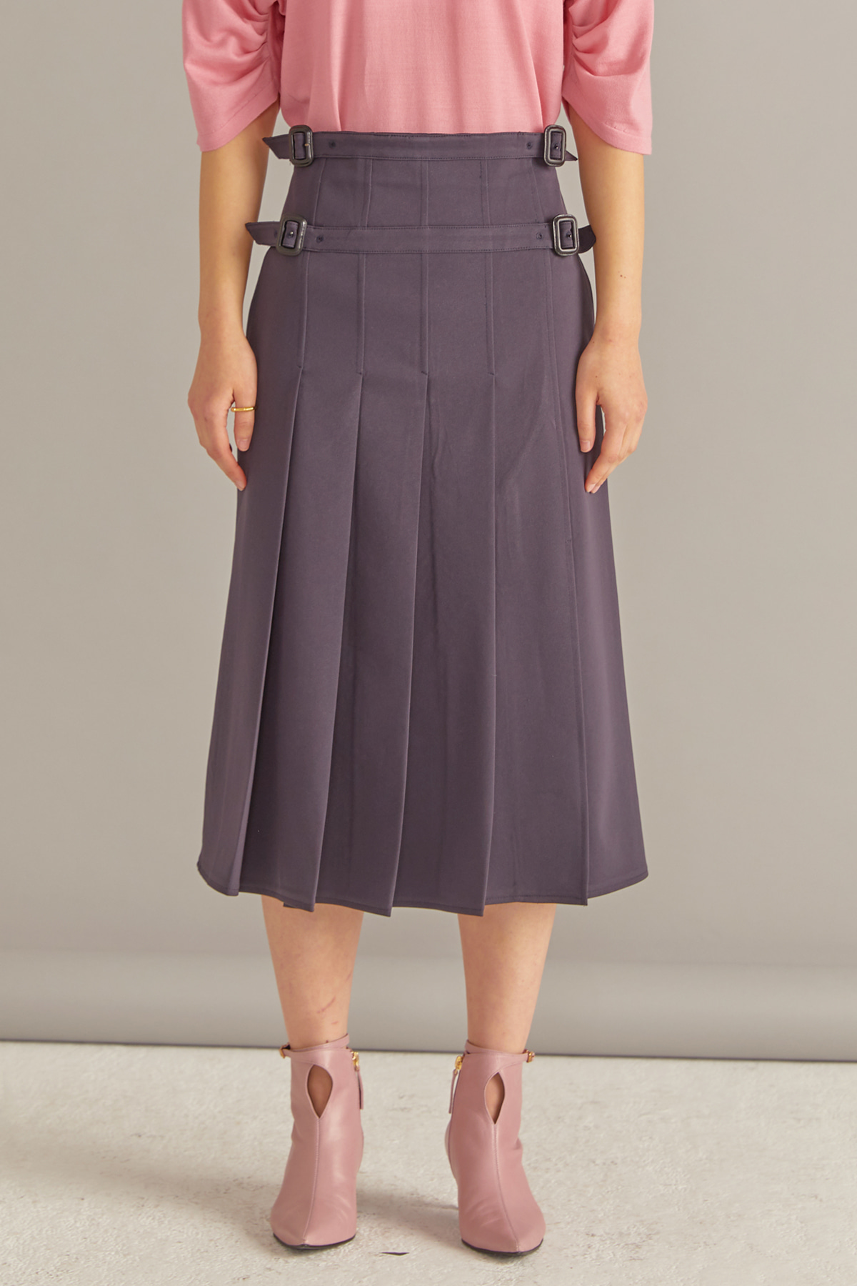 Pleated Side Open Skirt Sleek Navy