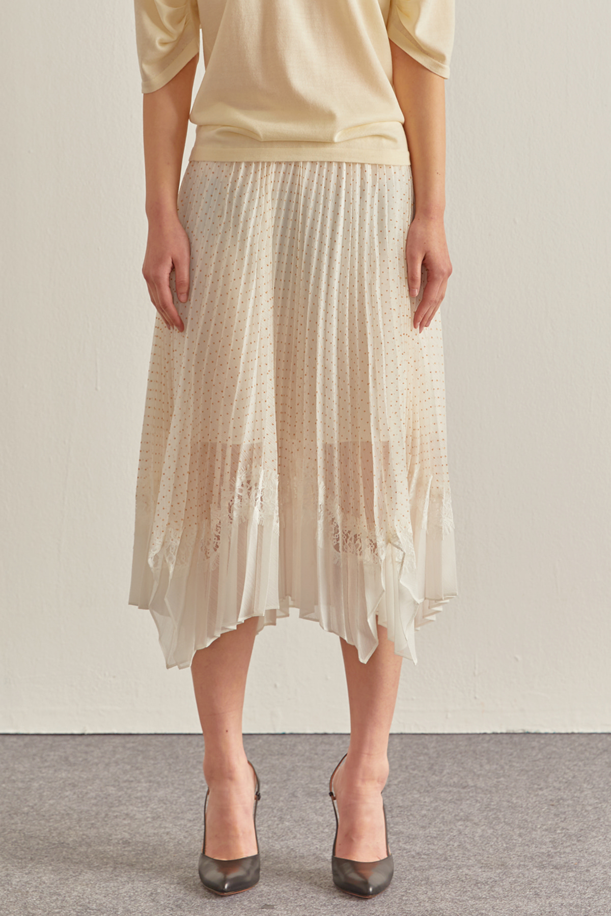 Dot Flocking Chiffon Skirt Ivory
