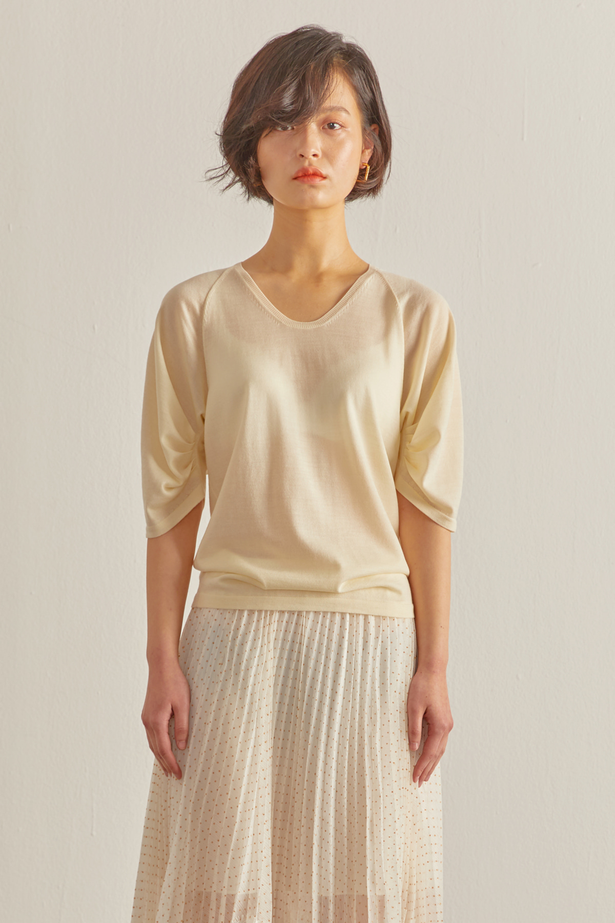Volumed Sleeves Cashmere Pullover Ivory