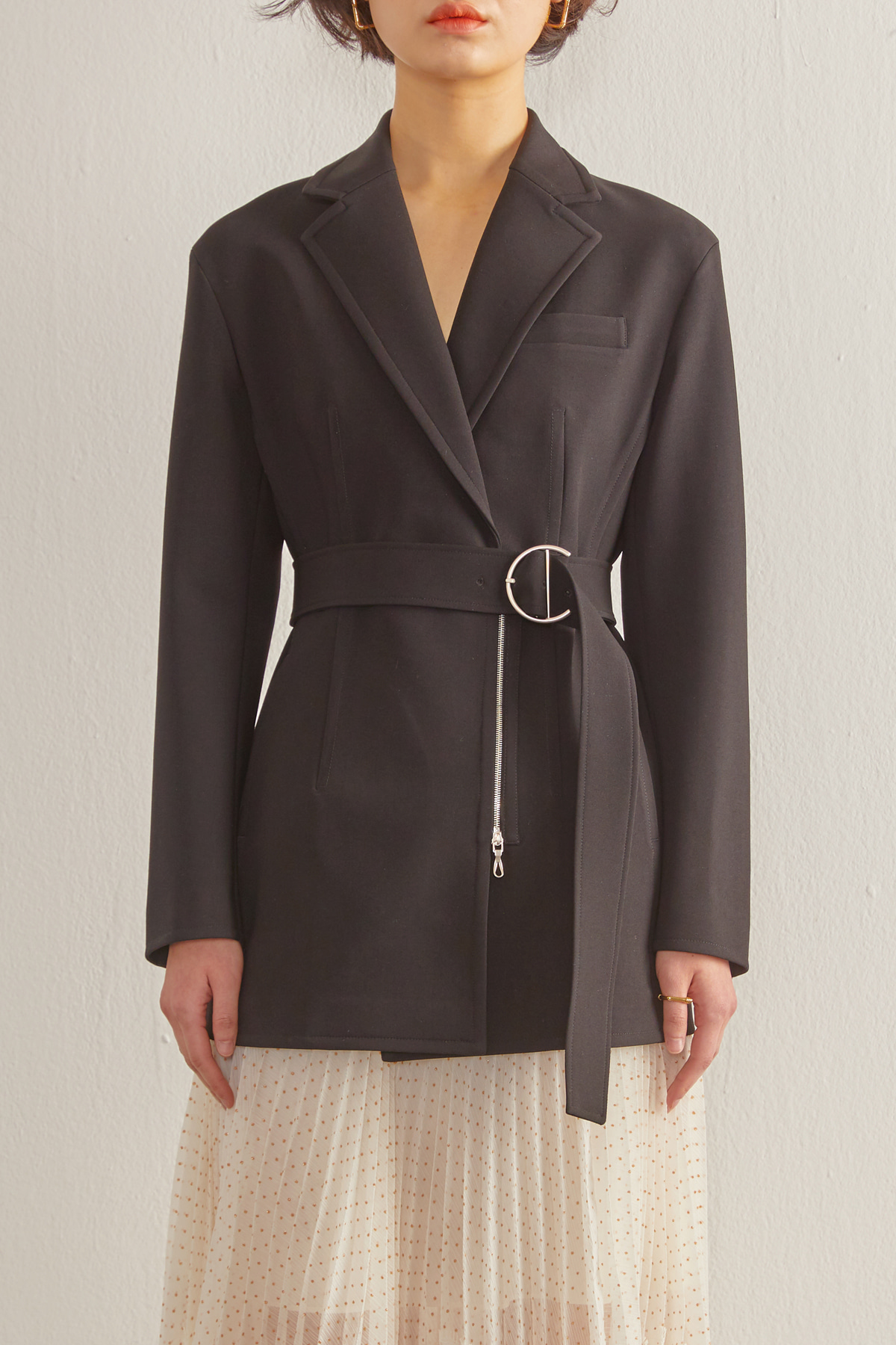 Hourglass Silhouette Jacket with Belt Black