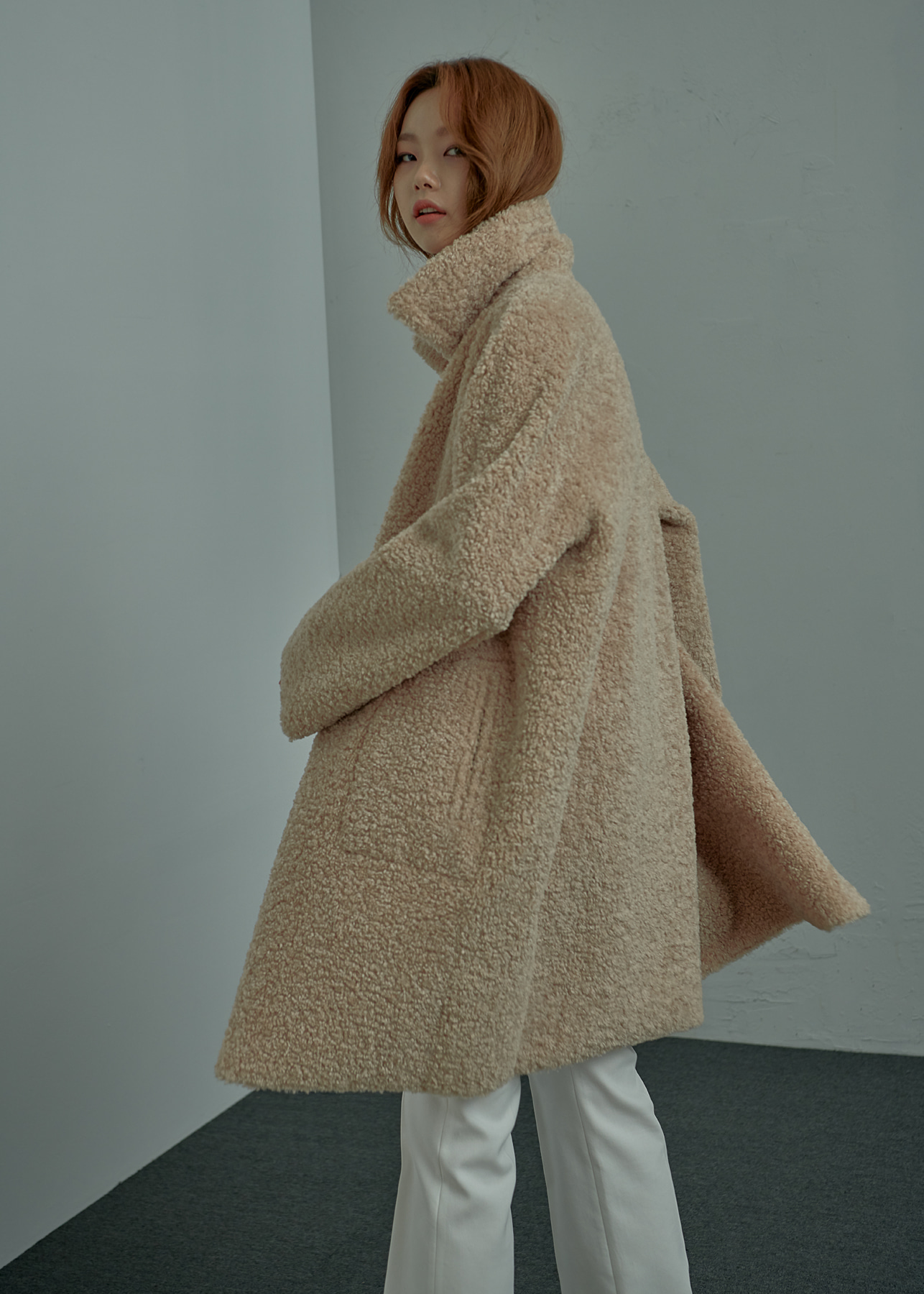 Shearling Textured Oversized Reverible Coat Light Beige [REVERSE]