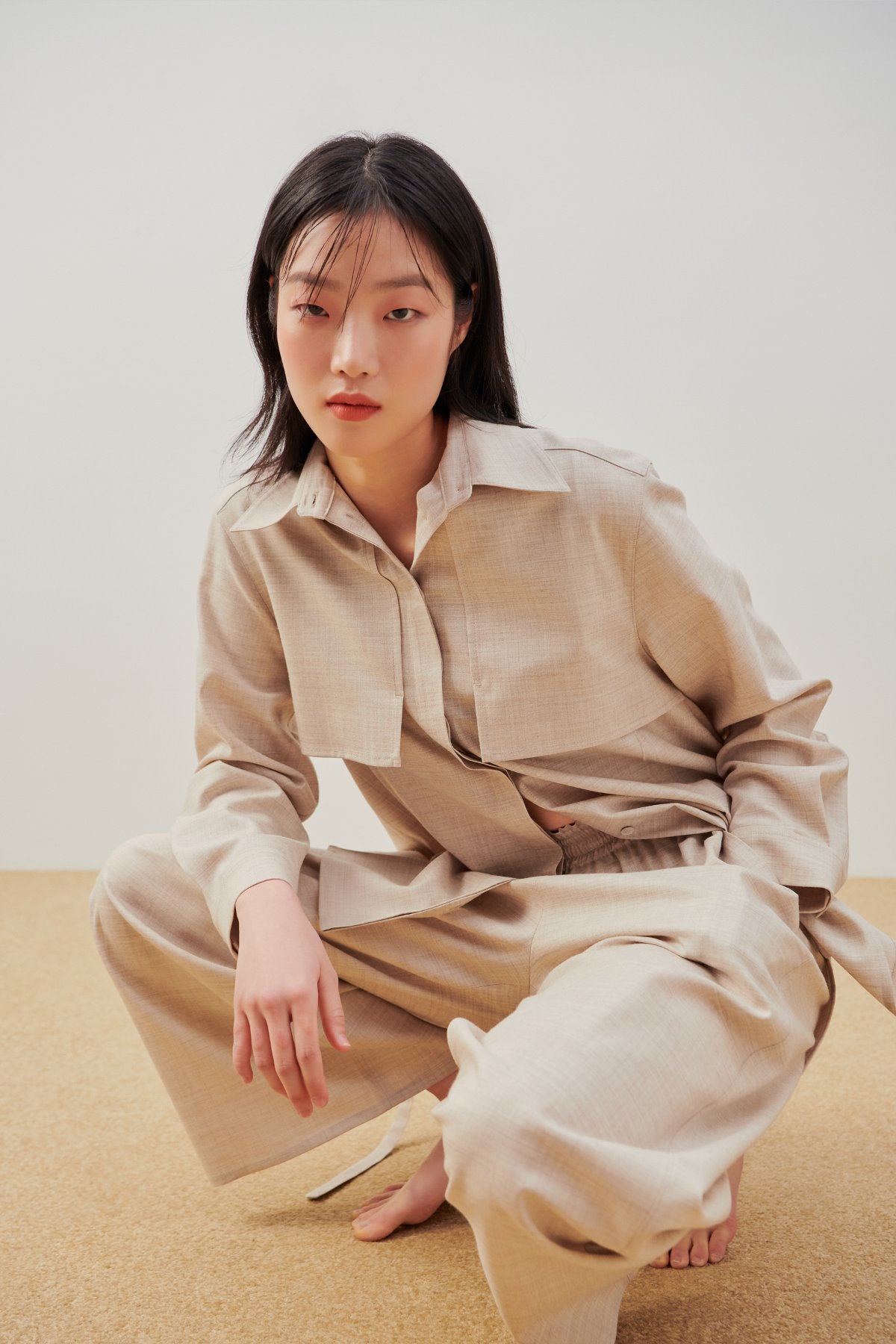 Point Collar Wool Shirt Beige